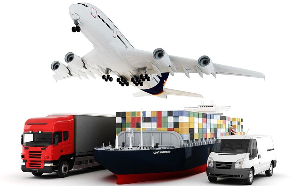 How Does A Freight Forwarder Help You With Your Business